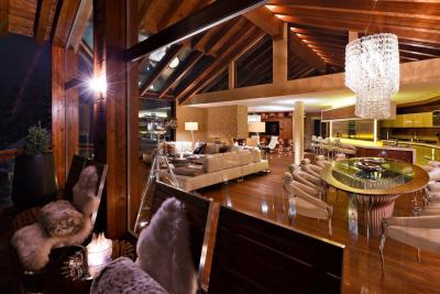 interior-casamunte-regal4.jpg
