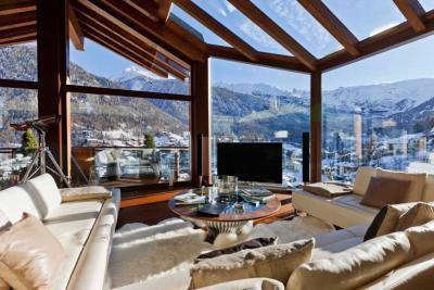 interior-casamunte-regal1.jpg