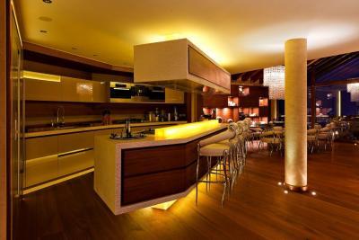interior-casamunte-regal3.jpg