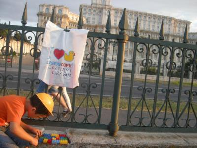 Bucharest - Romania (House of Parlament) Post-0-0-91665700-1377978109_thumb