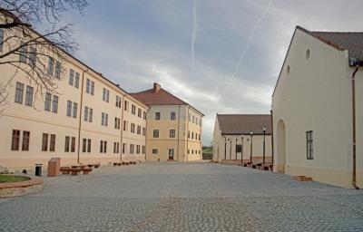 Cetatea_din_Oradea 2.jpg