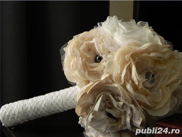 buchete bijuterii handmade flori organza  si marturii nunta si botez